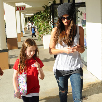 Kate Beckinsale and Daughter Lily Grab Lunch