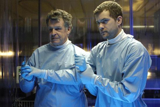 """Fringe Recap: Episode One, """"Pilot"""""""