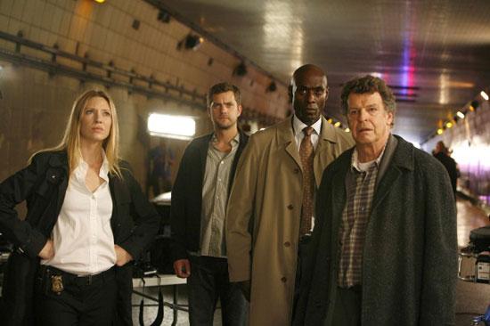"Fringe Recap: Episode 3, ""The Ghost Network"""
