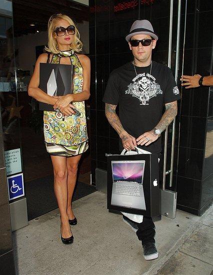 Paris Hilton and Her Boyfriend Benji Madden Take a Trip to The Apple Store