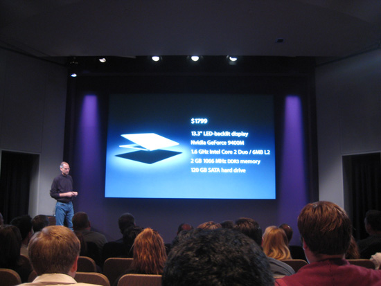 Steve Jobs Announces New MacBook Air at 2008 Apple Event