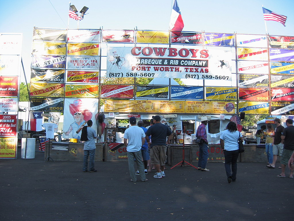 As day turned into night, the stands packed up and prepared to head out for their next big festival: the Best in the West Nugget Rib Cookoff in Sparks, NV.  Thus, I'll have to wait until next year's ribfest to enjoy another plate full of yummy barbecue. How about you? Have you ever been to a barbecue cookoff?