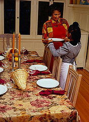 Thanksgiving Tip: Set the Table Early