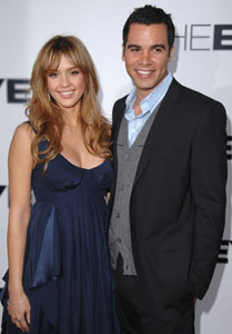 Jessica Alba Gives Birth to a Baby Girl 2008-06-08 20:13:52