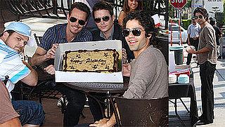 Photos of Adrian Grenier and Entourage Costars Celebrating His Birthday on Set