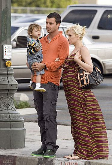 The Stefani–Rossdale clan waited to cross the street before checking out the LACMA in LA.