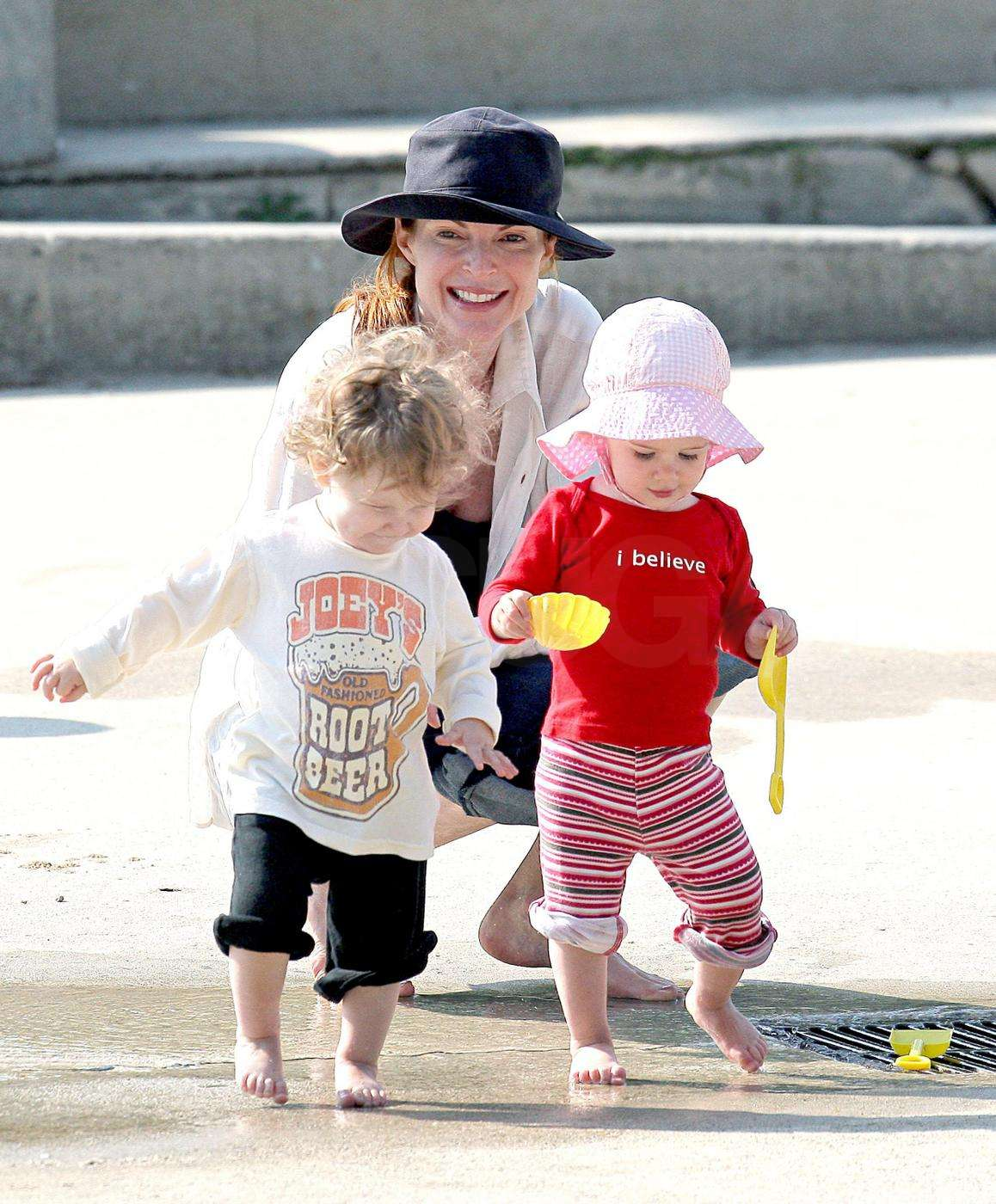 Marcia Cross Played with Eden and Savannah in the Fountains