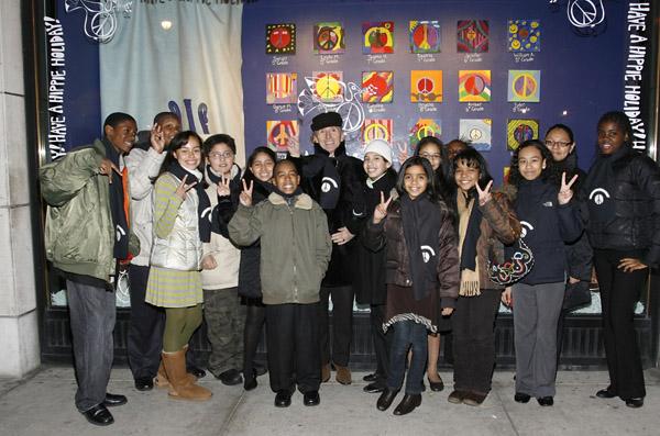 Simon Doonan & New York City students