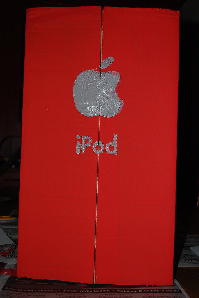 Finally, paint the Apple/iPod logo on the back of the box.