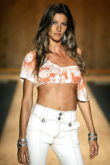 Gisele Brings Her Clip Back to Sao Paulo