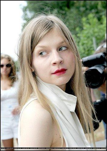 Girls with Style: Clémence Poésy