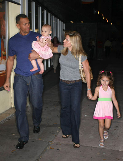 A-Rod's Family Is Back