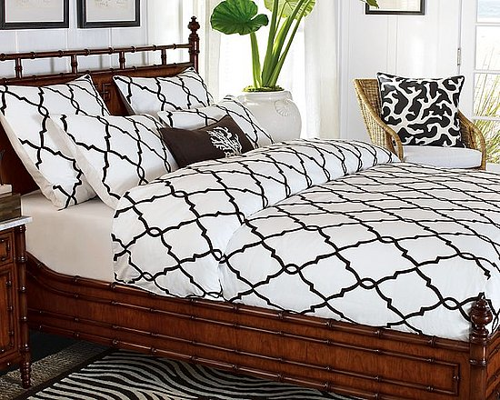Nice and New: Iron Gate Crewel Duvet Cover
