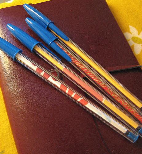 DIY: Paper-Covered Pens