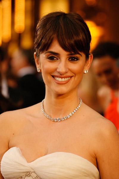 Oscars Trend Alert: Sizzling Statement Necklaces