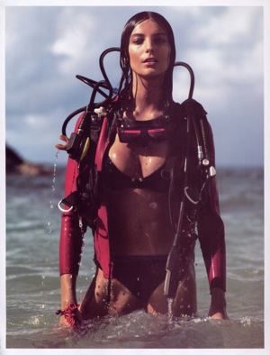 Canadian Model Daria Werbowy As Only Model in August 2009 Issue of French Vogue