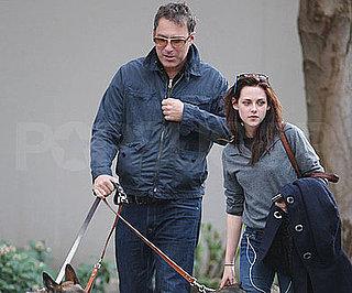 Photo of Twilight's Kristen Stewart With John Corbett in Vancouver