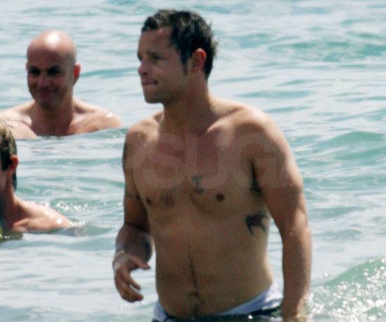 Photo of Shirtless Justin Chambers in Hawaii