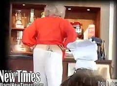 Paula Deen's Pants Fall off at South Beach Food & Wine Festival