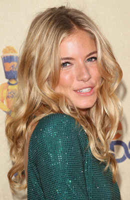How-To: Sienna Miller's MTV Movie Awards Hair