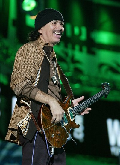 Carlos Santana Tells Obama to Legalize Pot