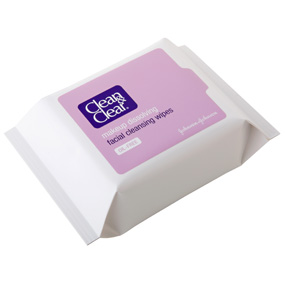 Review of Clean and Clear Makeup Dissolving Facial Cleansing Wipes
