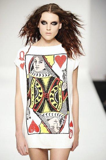 London Fashion Week to Change Venue