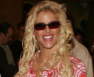 Should The Media Still Be Talking About Anna Nicole?