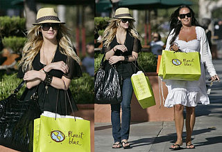 Ashlee Hops Off Tour, Straight to Shopping