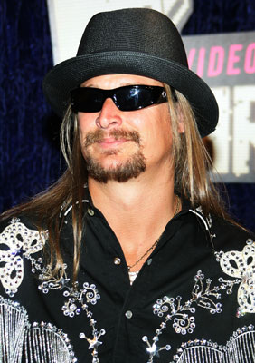 Sugar Bits - Kid Rock Gets A Police Citation