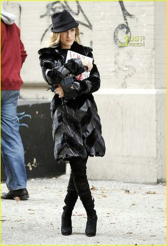 Sarah Jessica Parker in fur: Love it or Hate it?