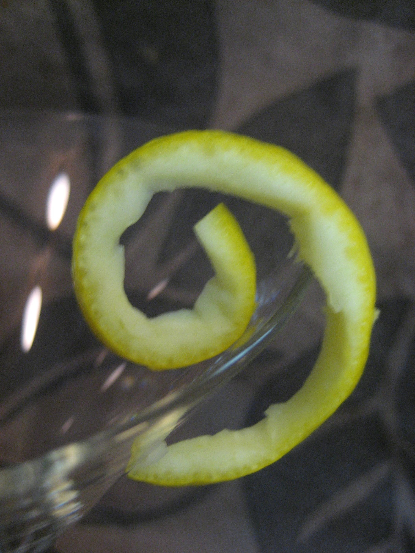 How To Make Perfect Lemon Twists
