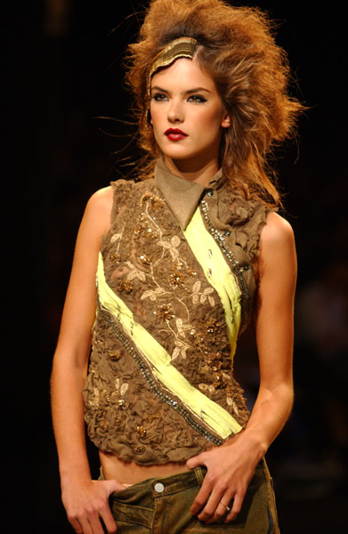 Model of the Week: Alessandra Ambrosio
