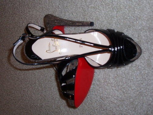 Unwrapping my Louboutins!