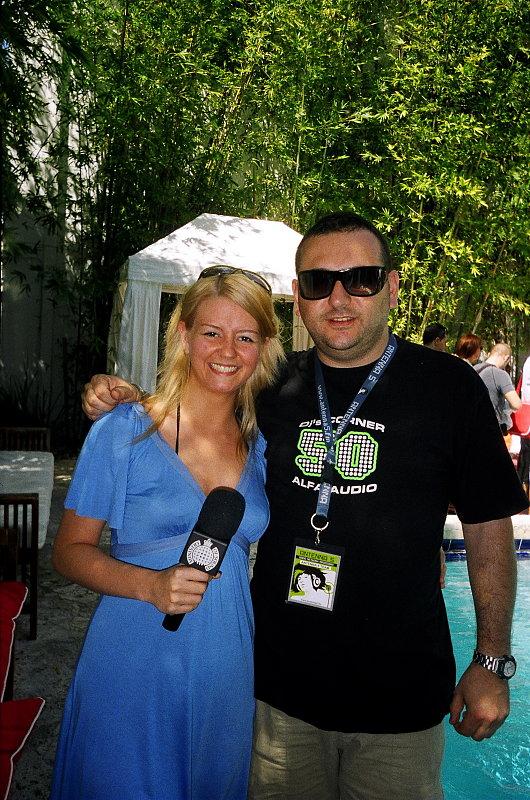 Amanda K @ WMC Miami- ProfessionalRockstars.com