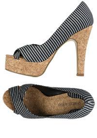 SCARLETT HEEL < shoes < new arrivals < Alloy