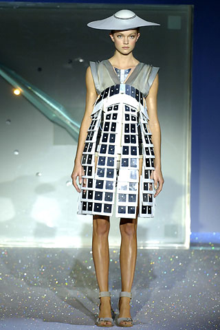 Paris Fashion Week: Hussein Chalayan