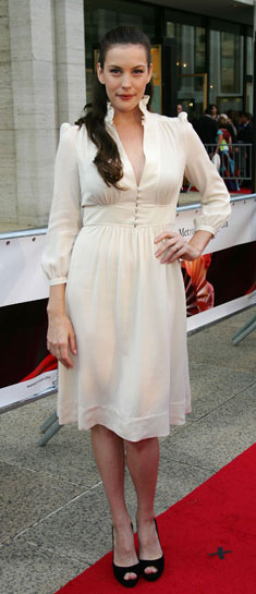 Liv Tyler Agrees That Size Zero Is Unhealthy