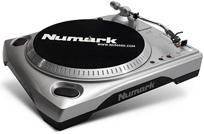 Set Your Old Vinyl Free With A USB Turntable