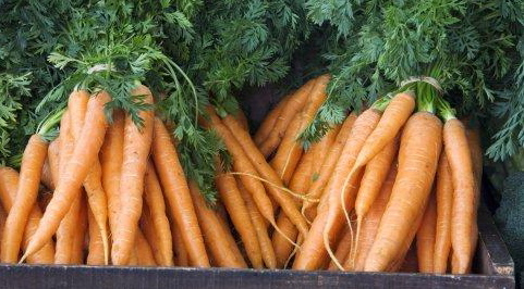Simple Side: Candied Carrots