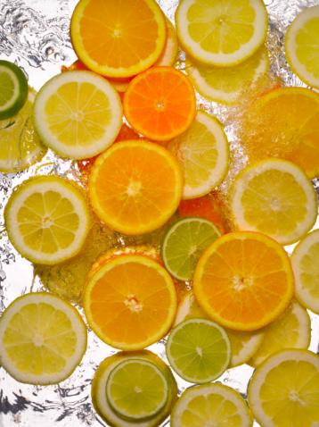 Happy Hour: Apricot Fizz
