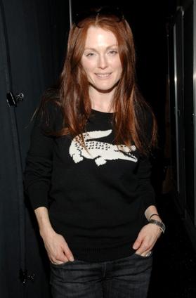 Fab Flash: Julianne Supports Charity at Fashion Week