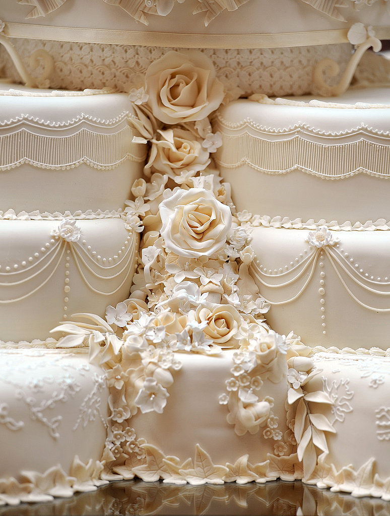 william and kate wedding cake pictures of kate middleton and prince william s royal 27483