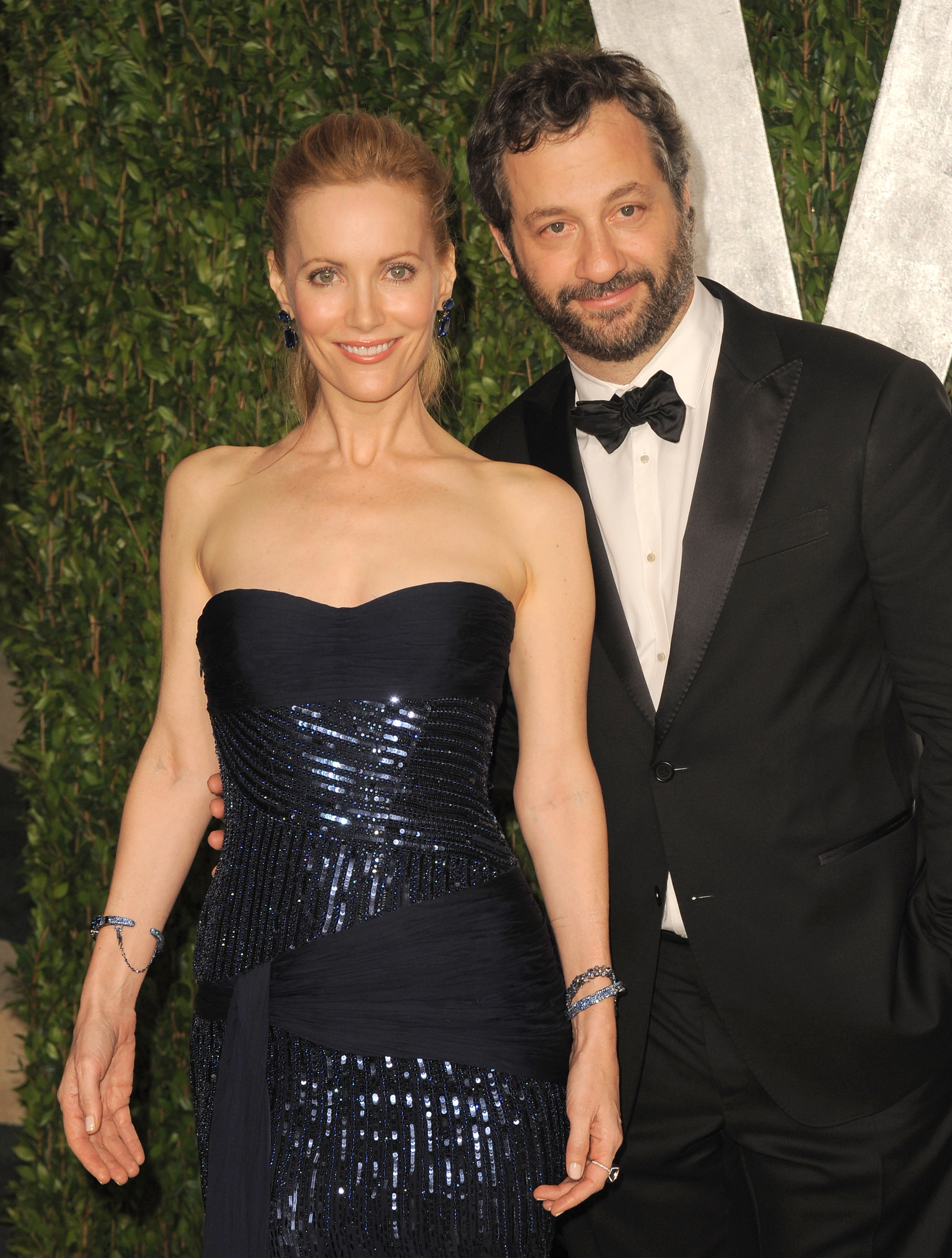 Judd Apatow and his wife Leslie Mann at the Vanity Fair carpet.