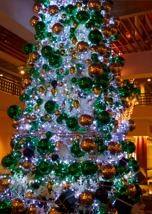 the very bling-y tree
