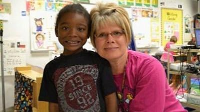 Texas Teacher Gives Lifesaving Gift (VIDEO)