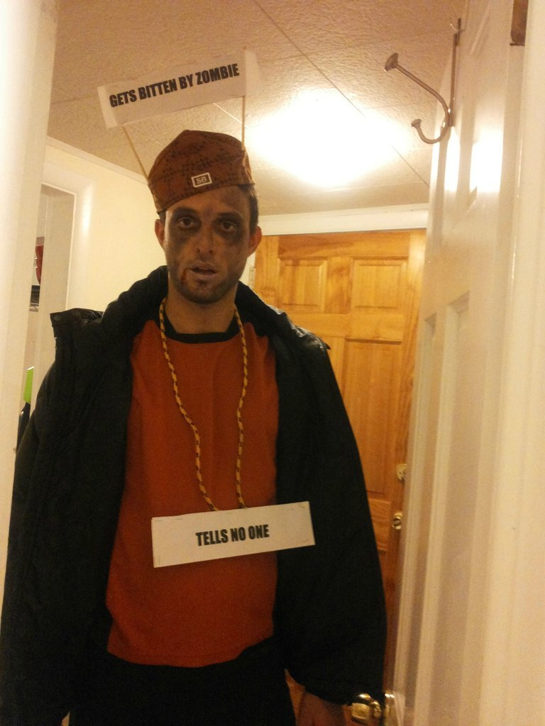 66 wildly creative diy costumes for men chaostrophic 55 scumbag steve zombie solutioingenieria Gallery