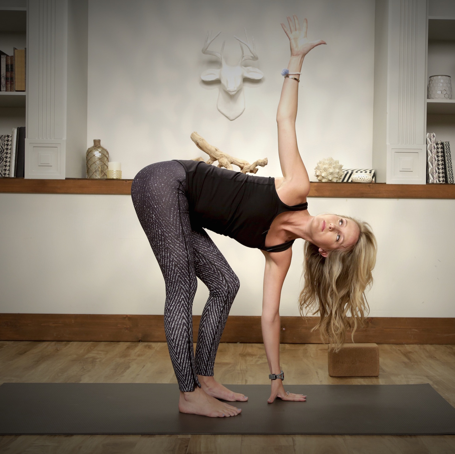 5-Minute Bedtime Yoga to Bring On the Zs | POPSUGAR Fitness UK