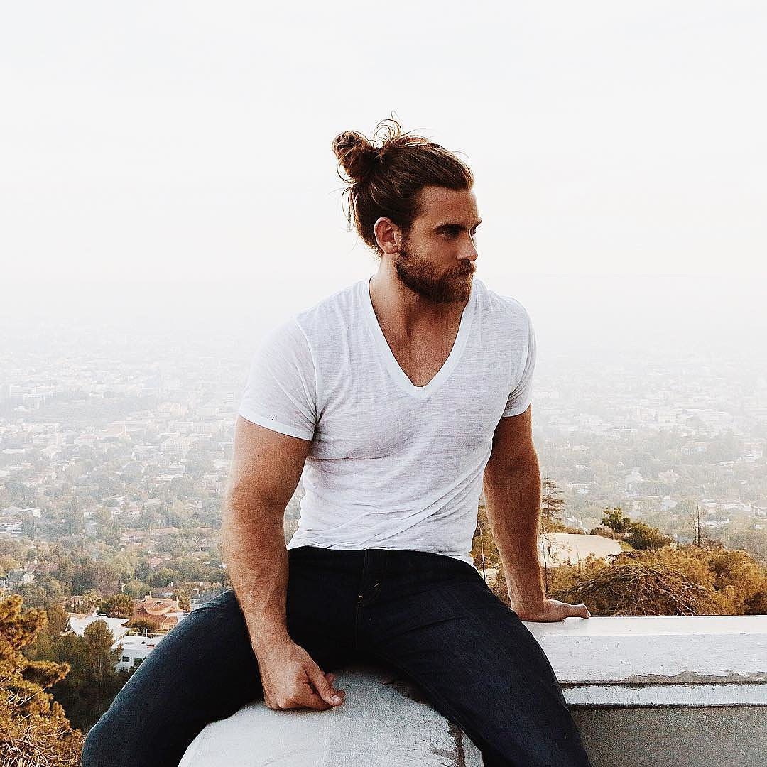 why man buns are sexy popsugar love sex. Black Bedroom Furniture Sets. Home Design Ideas