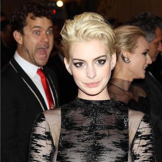 12 Awesome Celebrities Photobombing People || Celeb ...